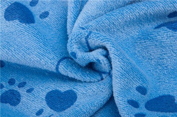 Полотенце махровое из микрофибры с рисунком 140*70